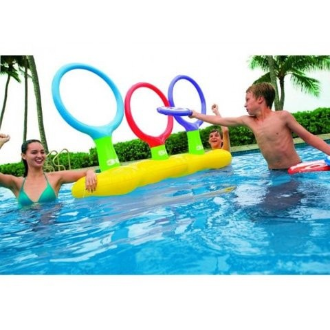 Intex inflatable frisbee game best swimming pool for garden for Garden mini pool